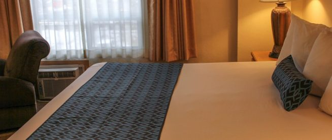 DELUXE TWO BED (1 King Bed and 1 Queen Bed) SUITE
